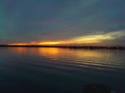 THIS IS THE BARNEGAT BAY WHERE I LIVE NOW.  SUNSETS ARE SO BEAUTIFUL.