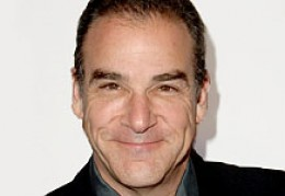 "MANDY PATINKIN, FAMOUS FOR CRIMINAL MINDS, CAN BE THE NEW ""DOC"" ON THE NEW GUNSMOKE."
