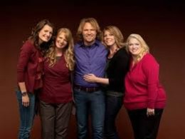 An example of a Polygamist family: The Browns - from left to right Robyn, Christine, Kody, Meri and Janelle. All four women are the wives of Kody Brown.