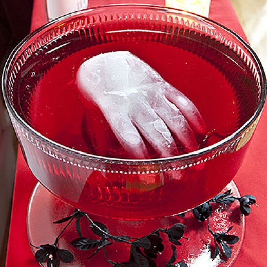 spooky halloween punch recipes and drink ideas