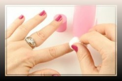 Acetone Vs Non-Acetone Nail Polish Removers; Which One To Choose??