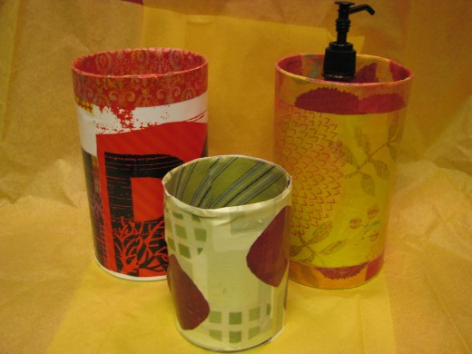 These cute containers are so easy to make!  They are good for holding things on a desk and make cute gift wrapping too.