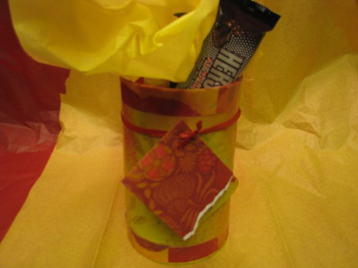 Step 11: Let dry and Wrap your gift!You can tuck in some tissue paper and tie yarn or ribbon for tag.