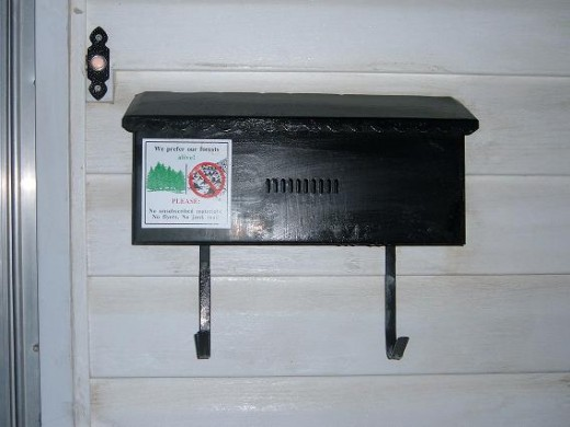 Recycle old, unattractive mail boxes into beautiful crafts for kids.