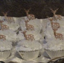 Deer in Winter Cupcakes