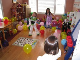 My daughter's 3rd birthday party featured balloons as the only activity. Kids played with the balloons and the toys around the house. It was easy and free-flowing fun!