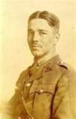 "The Art of War in the poem ""Futility"" by Wilfred Owen"