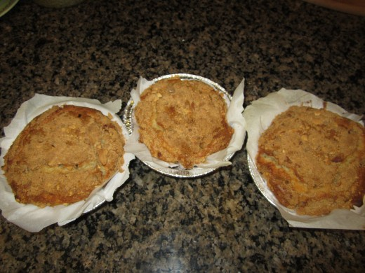 The finished product. Fills a standard size bread loaf pan or makes three mini 'cakes' as shown here.