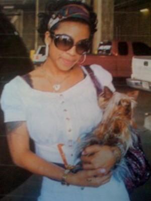 Keyshia shown here with Gizmo