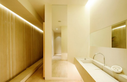 Sample of a bathroom with cove lighting experience