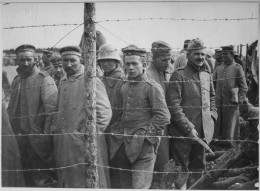 German prisoners in a French prison camp. French Pictorial Service., 1917 - 1919