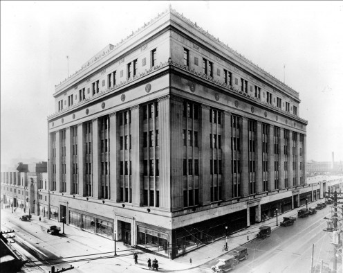 Eaton's College Street Store, Toronto - ca 1930, source Wikipedia Commons