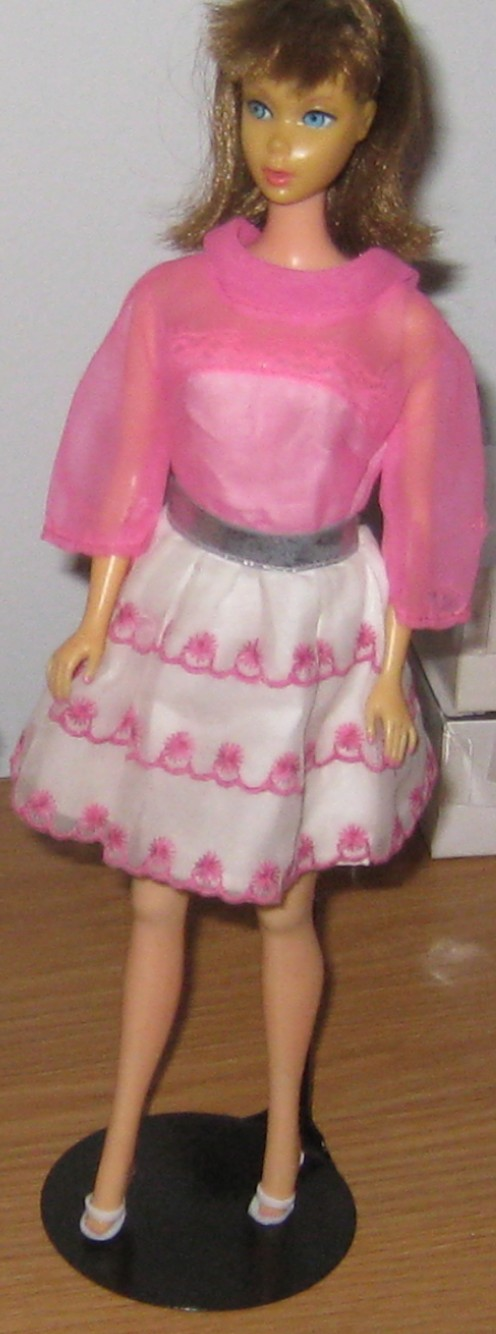 Barbie in Happy Go Pink