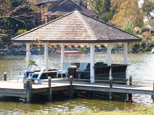 Example of large gazebo with lots of seating directly out on the lake.