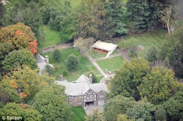 Ghadafi's tent pitched on grounds of Donald Trump's property in New York