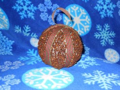 Create Aromatic Christmas Ornaments