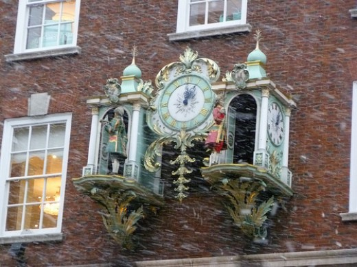 The Clock. Fortnum and Mason. London