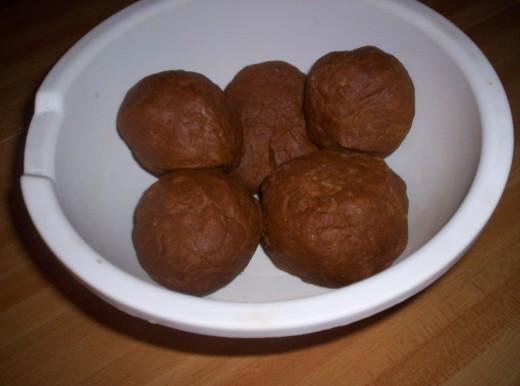 Make several large balls.