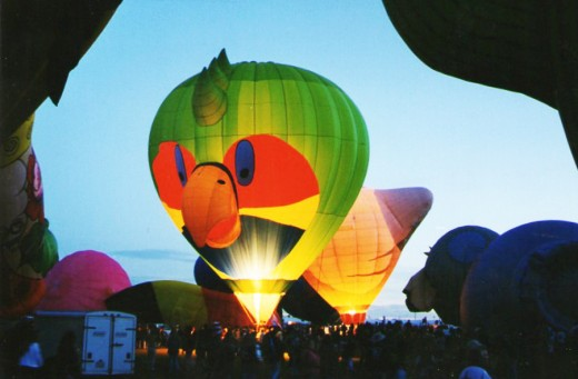 This bird  balloon made an appearance at the Albuquerque, New Mexico balloon festival.