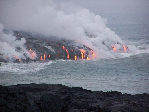 Lava flowing into the ocean at Hawaii Volcanoes National Park