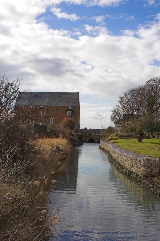 Ravenscliffe House