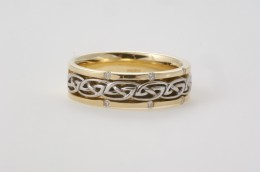 Two tone Celtic Wedding band from Seoda Si Celtic Jewelry.com