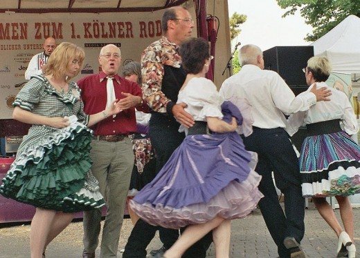 Texas State Folk Dance: Square Dance
