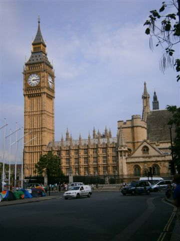 The clock tower of the Palace of the Westminster Abbey aka Big Ben, is one of Londons most famous landmarks.