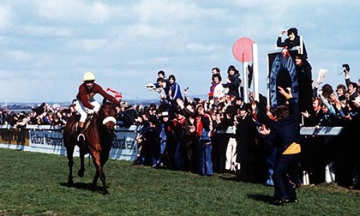 Red Rum wins the 1977 Grand National