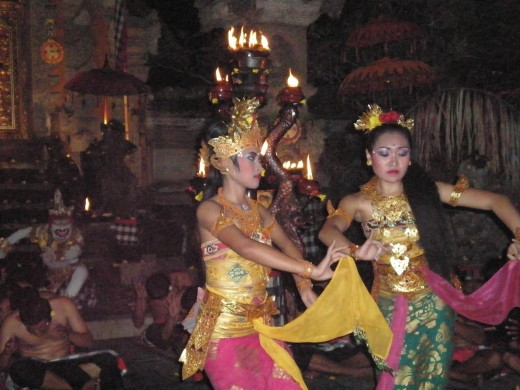 Court dancers at Ogre King Rahwana's Palace. Balinese Dance, Ubud, Bali, Indonesia.