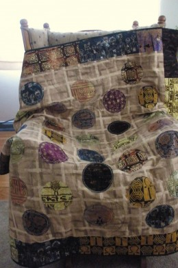 The circles in this African Circles quilt are all African fabric.
