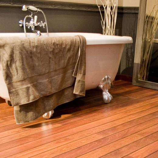 laminated bathroom flooring