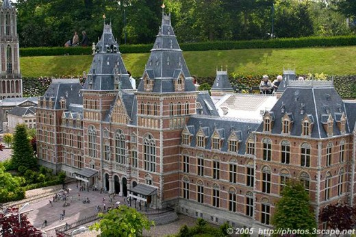 Rijksmuseum: a national museum in Amsterdam