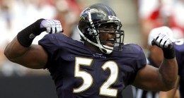Ray Lewis and the Ravens D look to shutdown a weak Seahawks offense