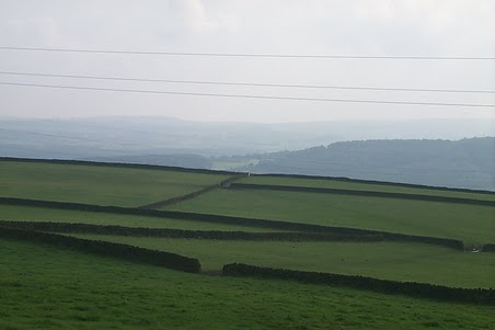 These stone walls crisscross Yorkshire. These walls have been around for hundreds of year. Some places in the UK are known for hedge rows. In West Yorkshire the stone walls are the rule.