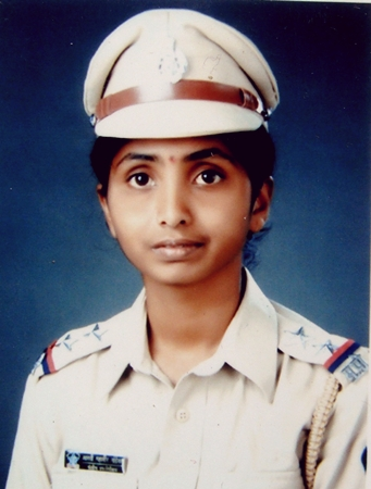 Aarati Hulle, Police Sub Inspector