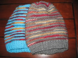 Both hats were knitted with scrap yarns I had leftover from other projects.