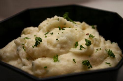 gourmet toasted garlic mashed potatoes
