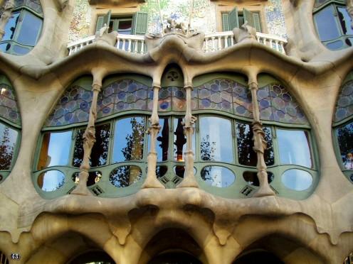 Gaudi's Casa Batlló, La Pedrera - Barcelona & Gaudi