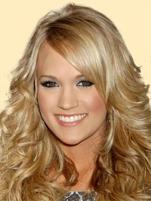 Highlights and lowlights make country's blonde sweetheart look stunning.