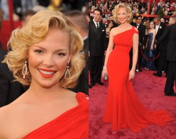 One of the Hollywood actress with Marilyn Monroe's short,curly hairstyle