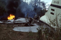 C46 airplane crash near Siuna to Rosita road, (according to tail code this photo should date from around 05 April 1960 the aircraft being a LANICA Curtiss C-46A-40-CU that crashed in Siuna, Nicaragua.)
