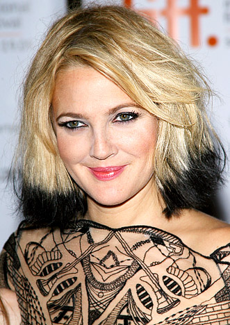Drew's black tips give the usual angelic blonde color an edgy feel.