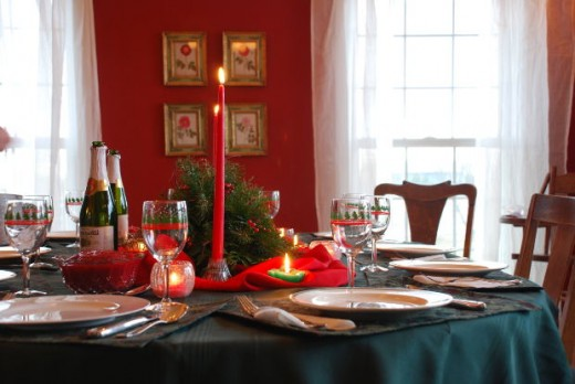 Image: Decorated and Set Christmas Table