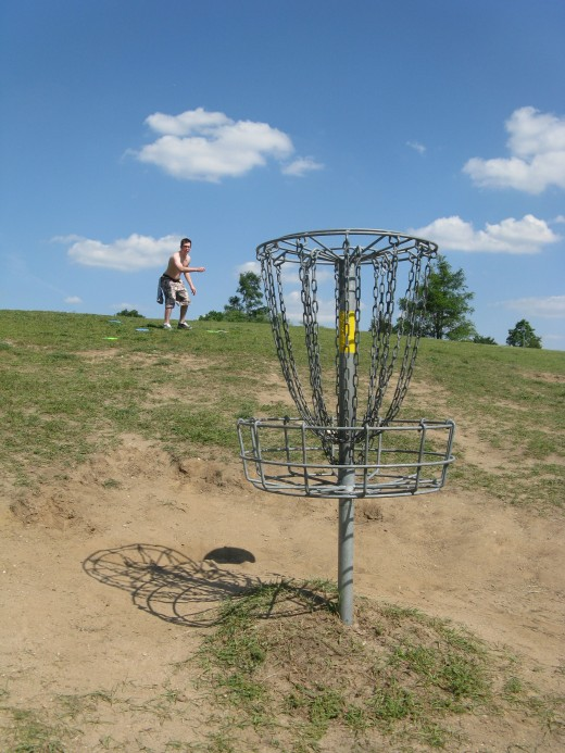 Disc Golf Putting - Now I just need a good putter, this shot almost hit me in the head!