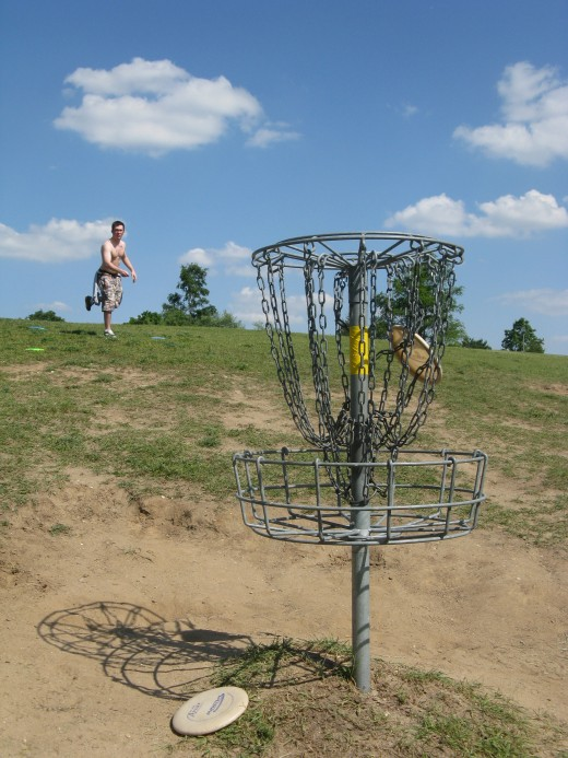 "Disc Golf Putting - I love these shots.  I have yet to get a ""perfect"" one but it's fun to try!"