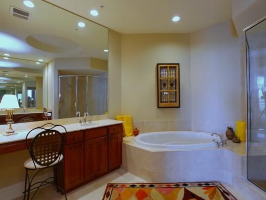 Master bathroom of 140 Riviera Dunes Way, #1401, Palmetto, Florida