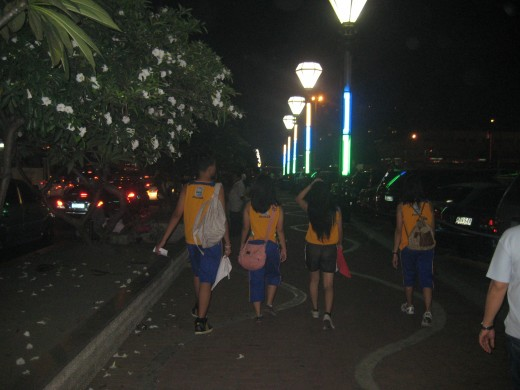 Some students who walked the  lengthy road of Roxas boulevard up to the starting line of the race