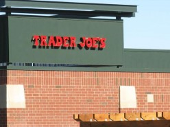 Trader Joe's Frozen Foods:  Butter Chicken & Trader Ming's Mandarin Orange