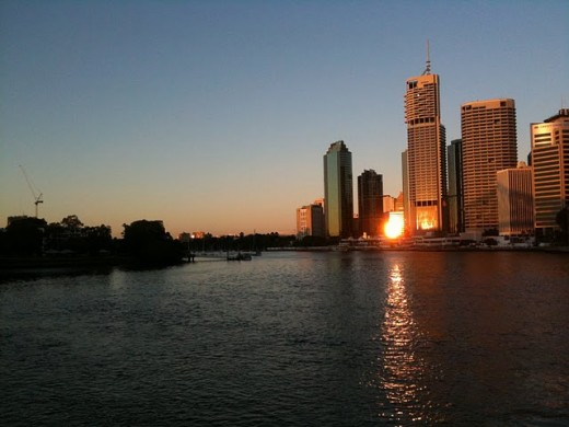 IMAGE 2 Brisbane River at Sunrise using an IPhone 3GS